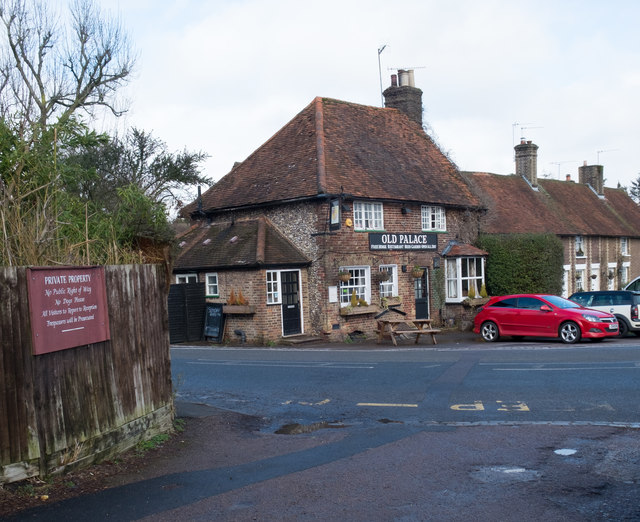 """Old Palace"" public house and restaurant, King's Langley"