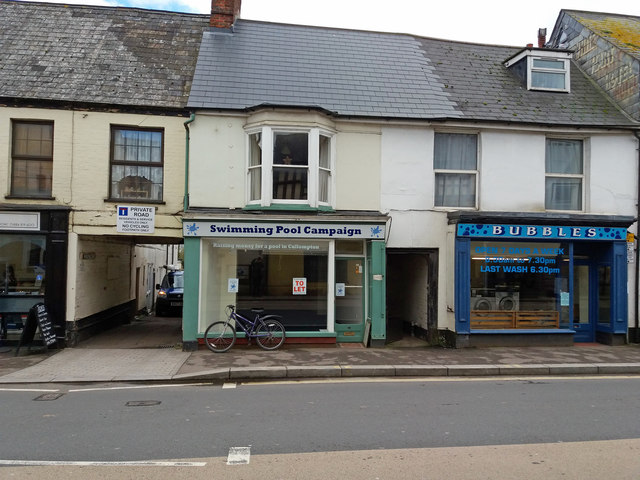Cullompton: 15 Fore Street & 17 Fore Street