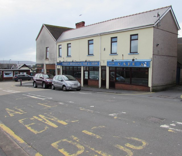 Barrie's fish & chips takeaway and cafe, 5 Stepney Road, Burry Port