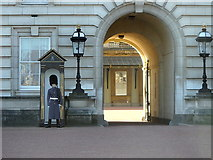 TQ2979 : Buckingham Palace: main entrance by Rudi Winter