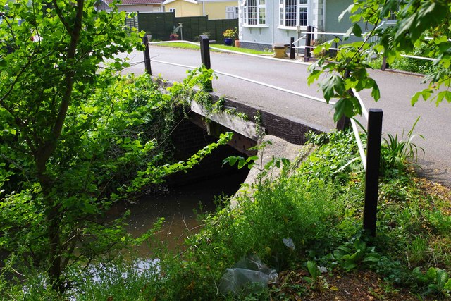 Bridge over a stream, Bablock Hythe, Oxon