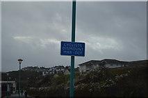 SX8959 : Seasonal instructions, Goodrington Sands by N Chadwick