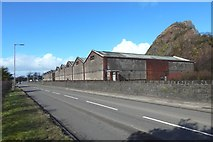 NS4174 : Bonded warehouses at Dumbuck by Lairich Rig