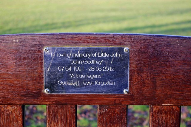 Dedication plaque on seat in The Leys, Witney, Oxon