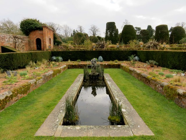 The Carolean Garden at Packwood House