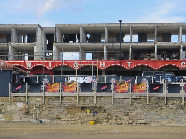 Demolition of Wight City apartments and leisure complex