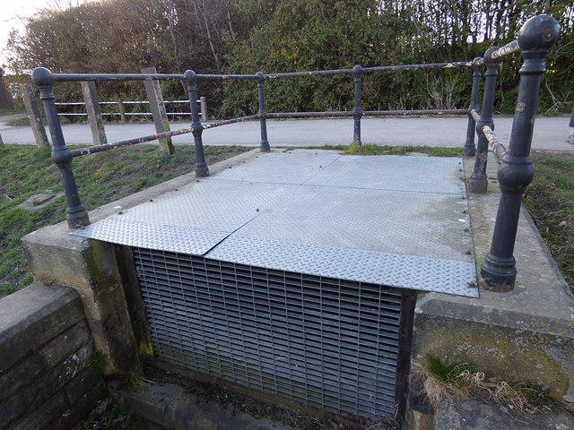 Ardsley Reservoir: secondary inlet (2)