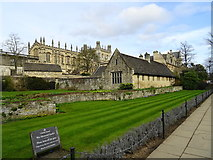 SP5105 : War Memorial Garden - Christ Church College by John M