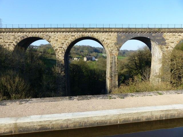 Upper Watermeetings Farm from Marple Aqueduct
