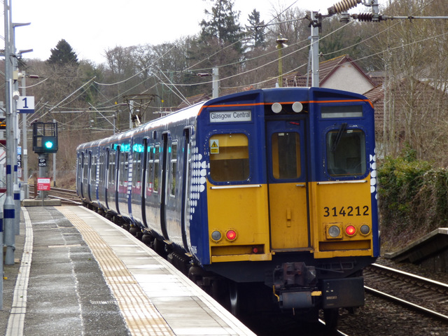 Scotrail Class 314 train at Langbank