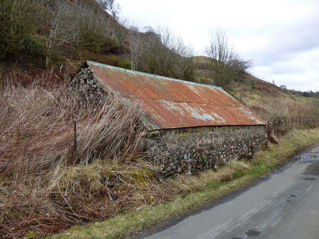 Hut beside Netherton Road