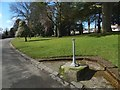 NS3975 : Drinking fountain, Levengrove Park by Lairich Rig