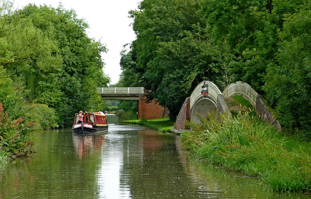 Oxford Canal south of Easenhall in Warwickshire