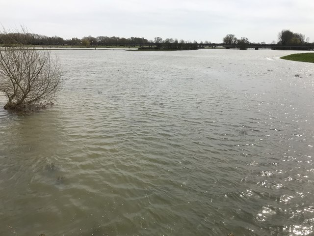 Spring flooding in St Ives, Cambridgeshire - 5/10
