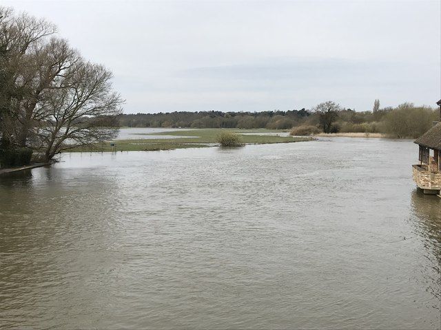 Spring flooding in St Ives, Cambridgeshire - 9/10