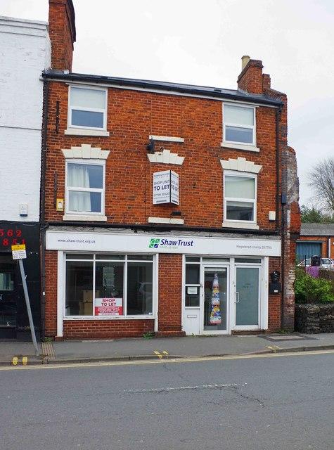 Empty shop, 24-25 Oxford Street, Kidderminster, Worcs