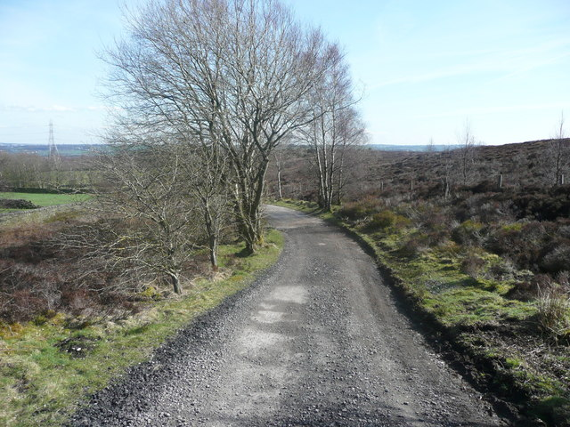 Permissive bridleway on the driveway to Heather Lodge, Harden