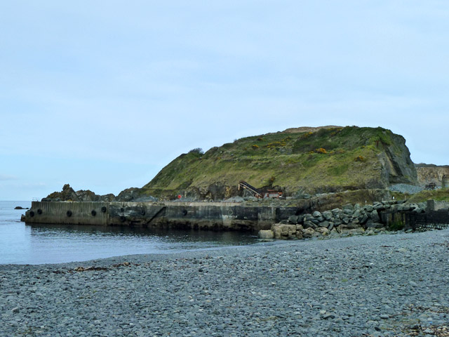 Disused quarry jetty, Porthoustock