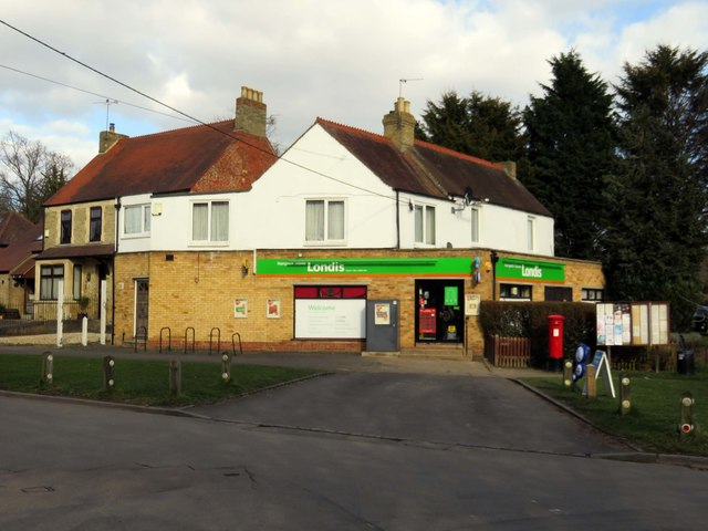 Londis store and post office in Horspath