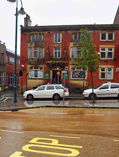 988606be80 Hare & Hounds (1), 16 Yorkshire Street,... © P L Chadwick ...