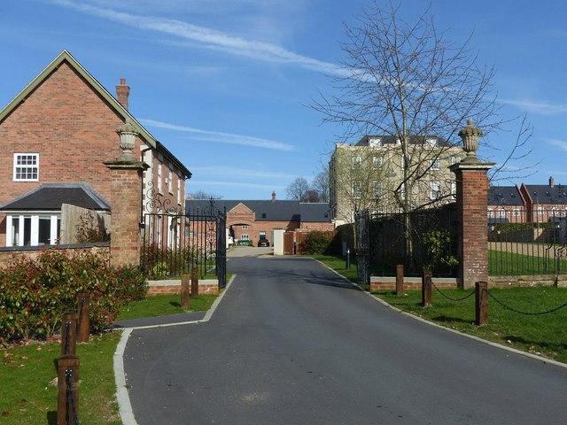 Gateway to the former stable yard, Scraptoft Hall