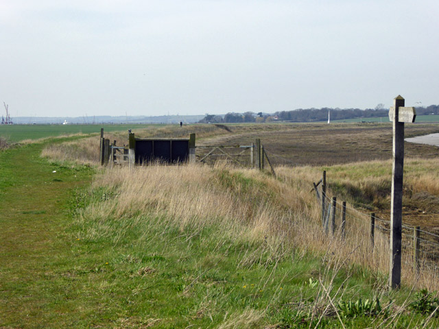 New sea wall by RSPB car park, Wallasea Island