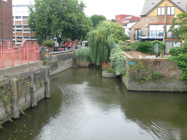 Inlet to the River Thames