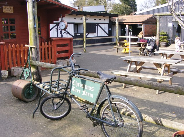 Farm Cafe C Gordon Griffiths Cc By Sa 2 0 Geograph Britain And