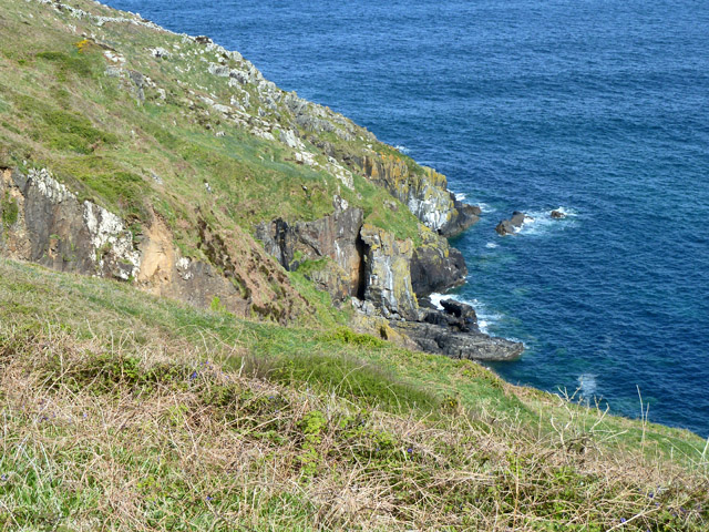 Cliff west of Brea Cove