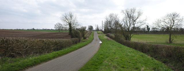 The road toward Folkingham