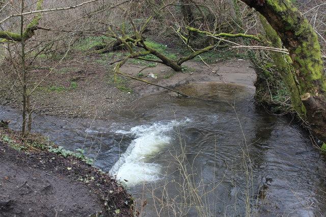 Weir on Nant Aber