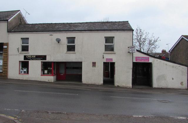 Cream Xtendz, Hill Street, Lydney