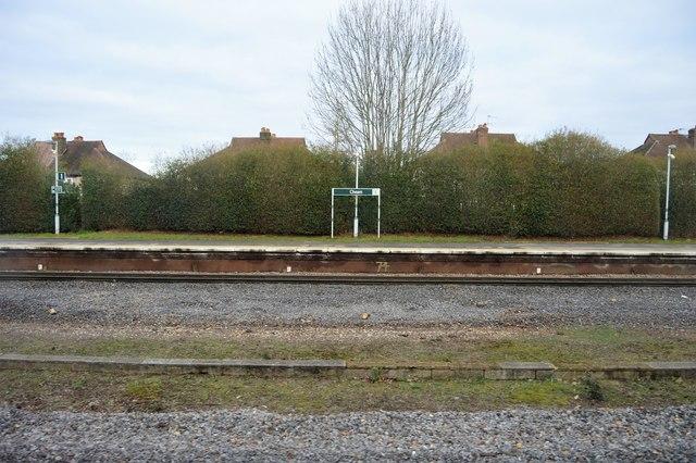 Cheam Station