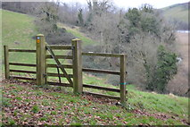 SX8158 : Gate by National Cycle Route 28 by N Chadwick