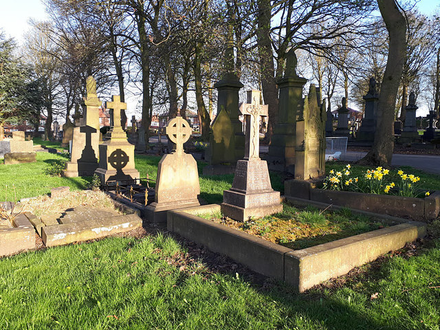 Pudsey Cemetery - shadows