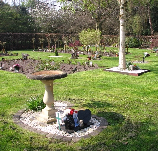 Birdbath in the gardens of remembrance