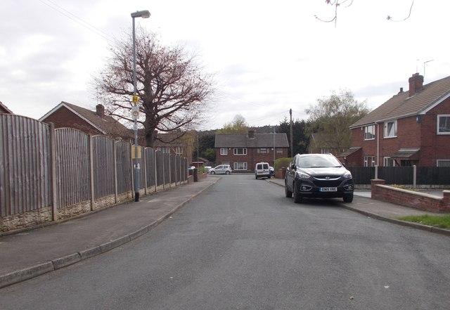 Snowdon Avenue - Doncaster Road