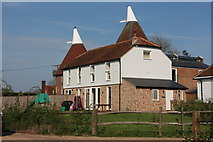 TQ6049 : Grange Farm Oast, Higham Lane by Oast House Archive