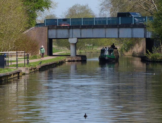 Narrowboat passing under Blaydon Road Bridge No 66