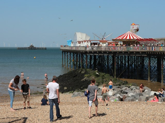 herne bay beach and pier oast house archive geograph. Black Bedroom Furniture Sets. Home Design Ideas