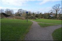 TQ2163 : Footpath junction by N Chadwick