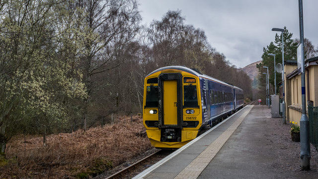 Inverness bound DMU 158722 at Lochluichart Station