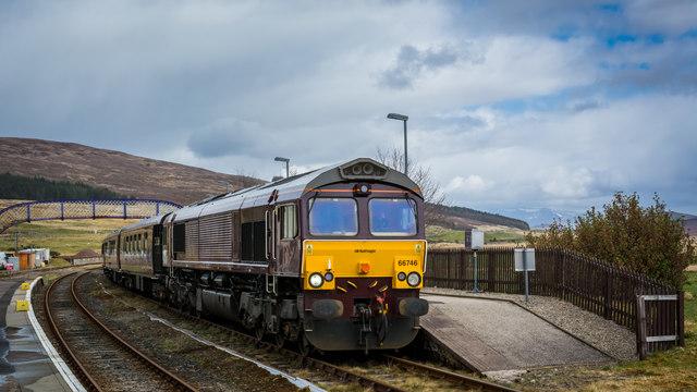 Royal Scotsman (66746) waiting at Achnasheen