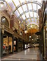 SE3033 : Cross Arcade, Leeds by Alan Murray-Rust