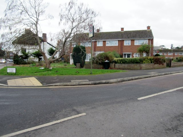 Houses in Hatherleigh Road, EX2 9LG