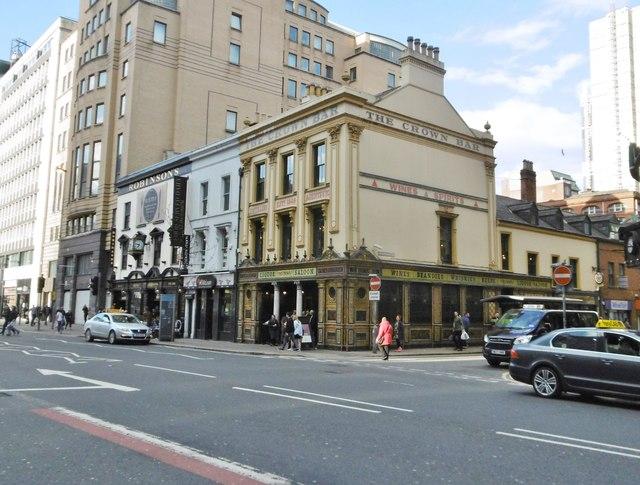 Belfast, Crown Liquor Saloon