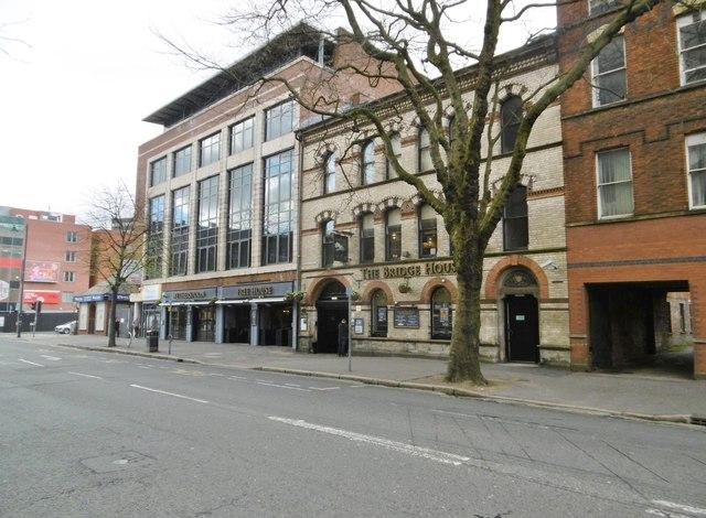 Belfast, Bridge House