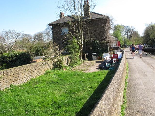 Former tea garden at Cowley Lock
