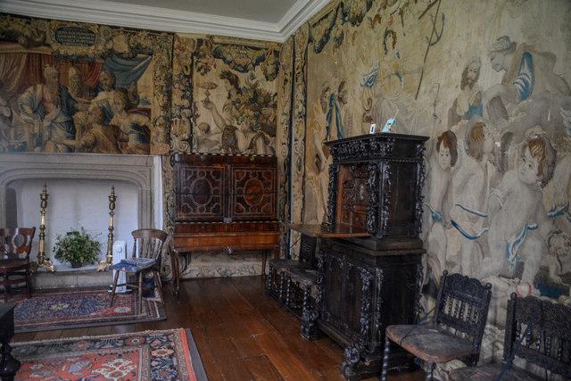 Cornwall : Cotehele House - Old Drawing Room