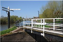 SO8453 : Footbridge over the canal beside the Severn by Philip Halling